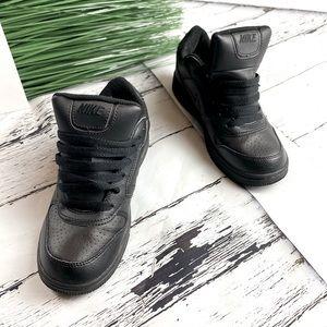 Nike 313474-001 unisex Black shoes 5  youth